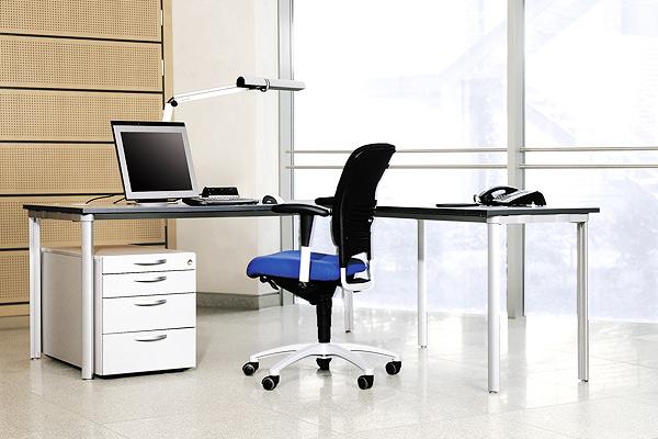 Individuelle Büroeinrichtung von LEUWICO