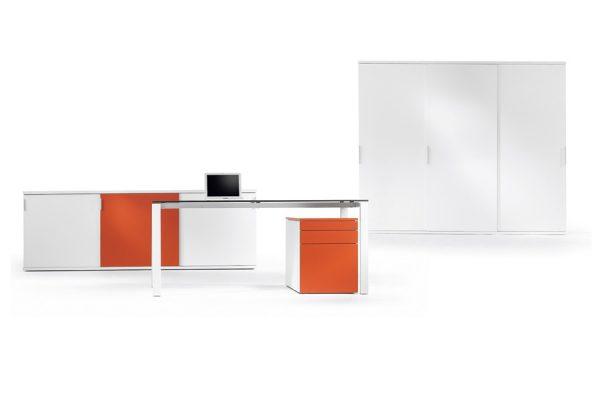 Hochwertige Design Computertische von LEUWICO
