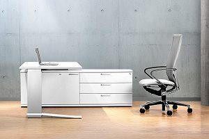 LEUWICO iMove - höhenverstellbarer Schreibtisch