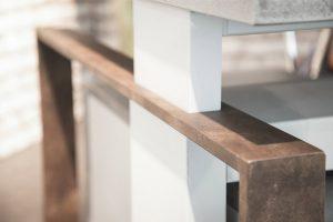 LEUWICO iMove im Industrial Design & manuell höhenverstellbar