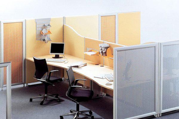 Leuwico-Akustikloesung-Arbeitsplatz-Schallschutzwand-2