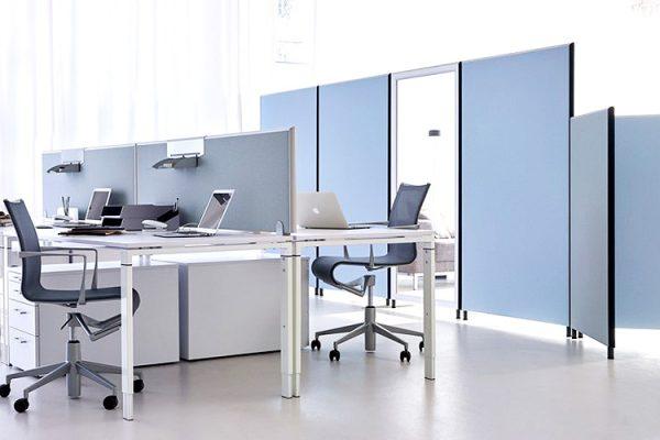 Leuwico-Akustikloesung-Arbeitsplatz-Tischaufsatz
