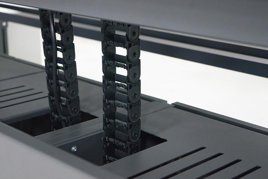 Leuwico-Leitstand-XT-Plus-Kabelketten