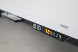 Höhenverstellbare Leistellen Tische von LEUWICO Österreich